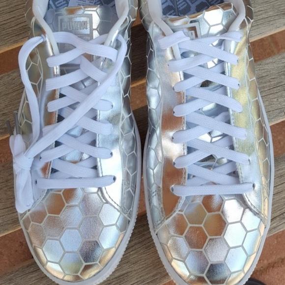 Puma Basket Classic Metallic Silver sneakers sz 11.  M 5adb5a6a5512fde44b198942 04ab3ec60